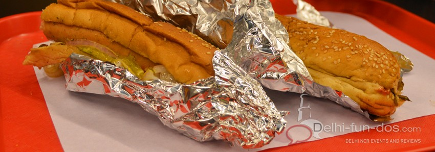 Uncle-toms-steamed-hot-dogs-epicuria-nehru-place-health-food