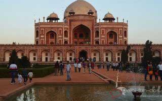 Humayuns-Tomb-delhifundos-delhi-winters