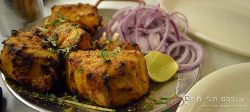Junejas-review-lodhi-colony-meherchand-market